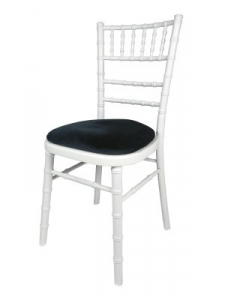 White Camelot White camelot chair with black seat pad